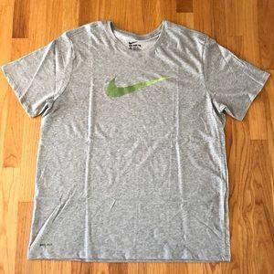 Men's Nike dry-fit tshirt